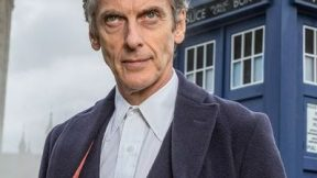 Peter Capaldi diz estar frustrado com Doctor Who
