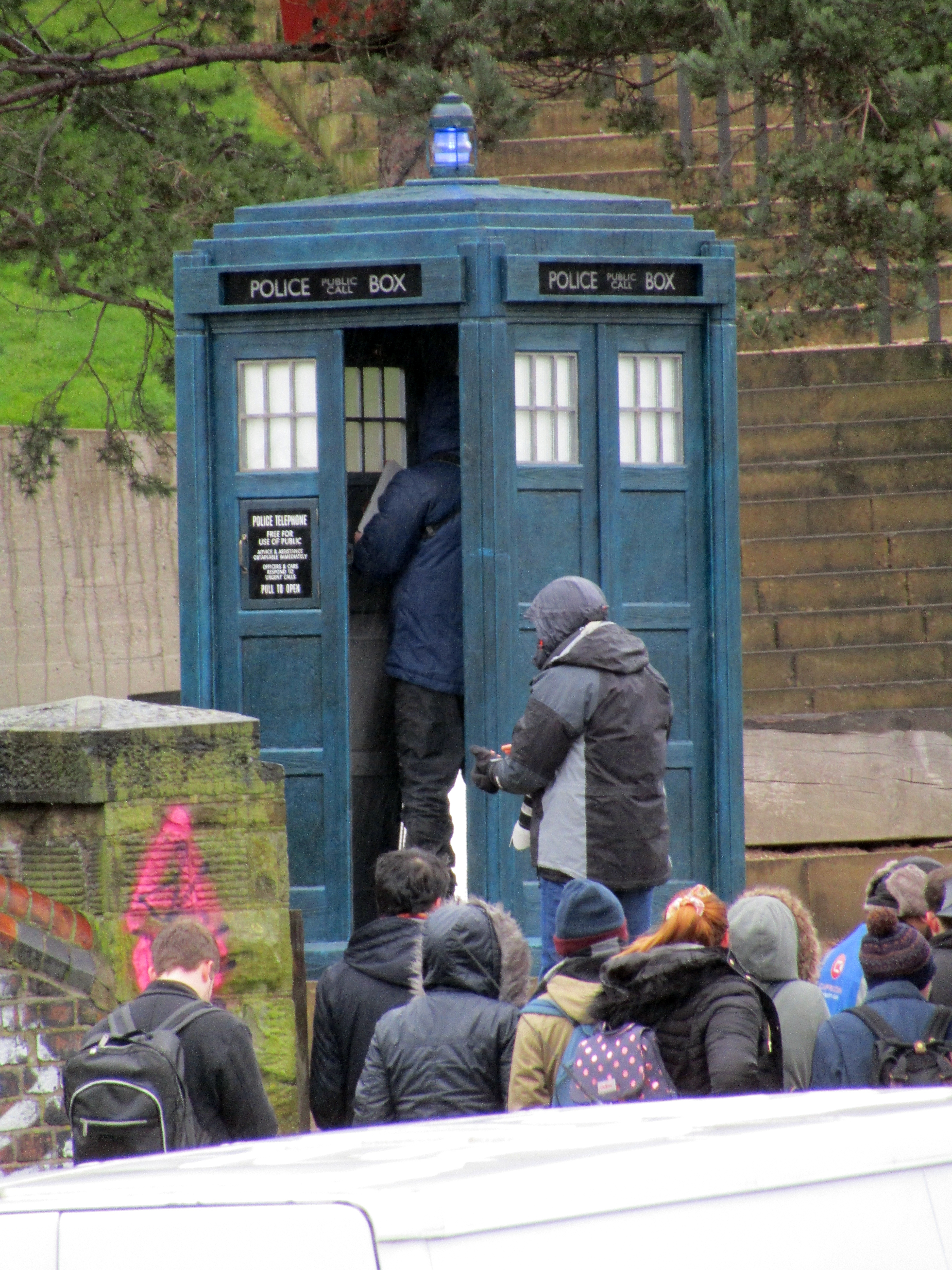 doctor-who-filming-sheffield-2018_25375829187_o