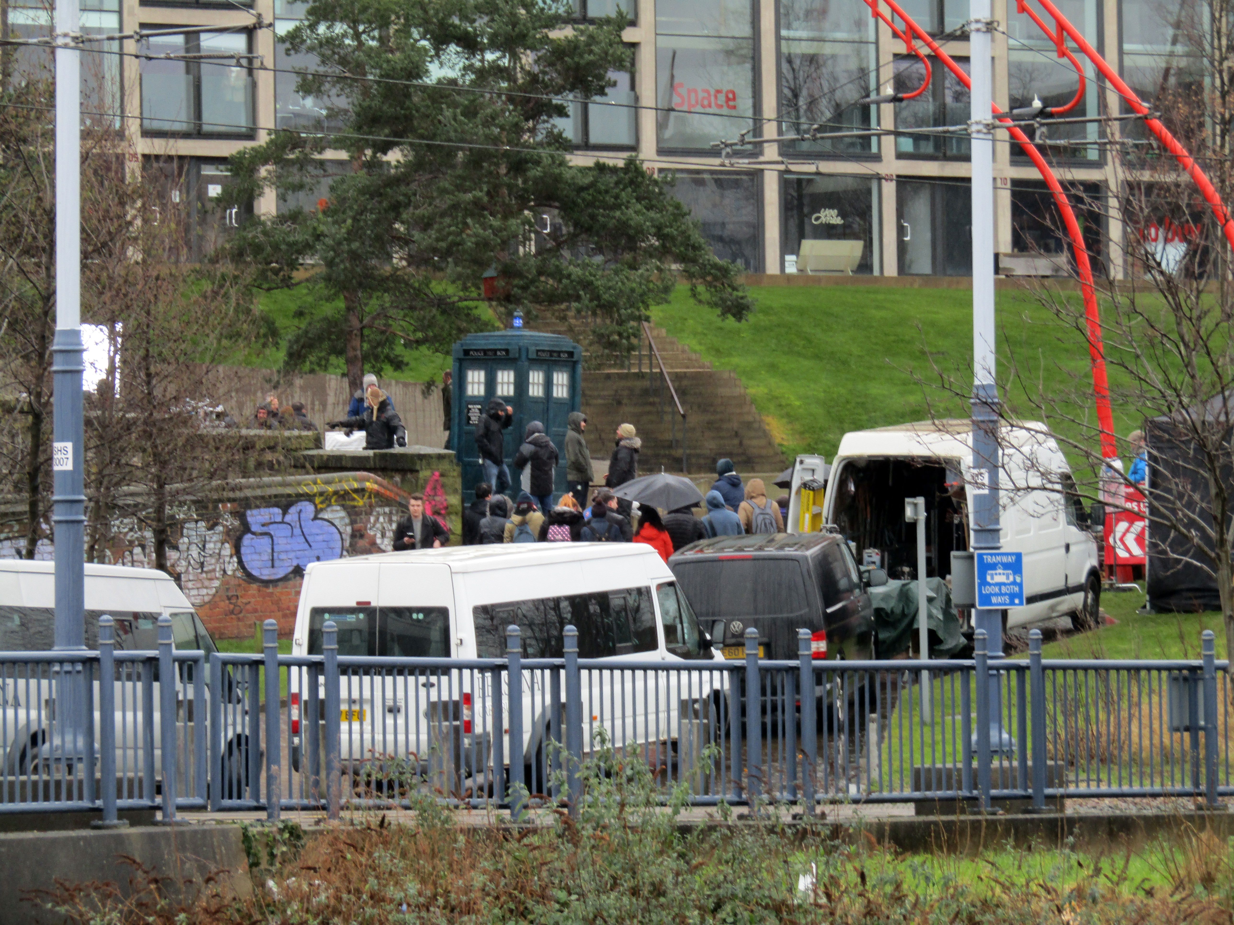 doctor-who-filming-sheffield-2018_38436194440_o