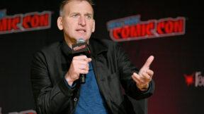 """Christopher Eccleston diz ter sacrificado o """"orgulho profissional"""" ao não fazer uma segunda temporada de Doctor Who"""