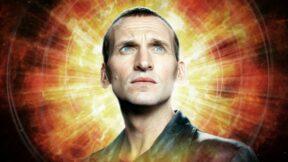 Christopher Eccleston está de volta a Doctor Who