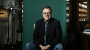 Read more about the article Russell T Davies será o novo showrunner de Doctor Who